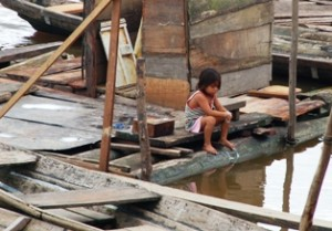girl Iquitos education poverty