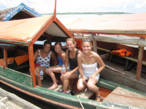 weekendtrip volunteer Iquitos