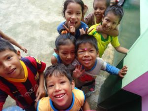 rapportages el manguare iquitos kinderen